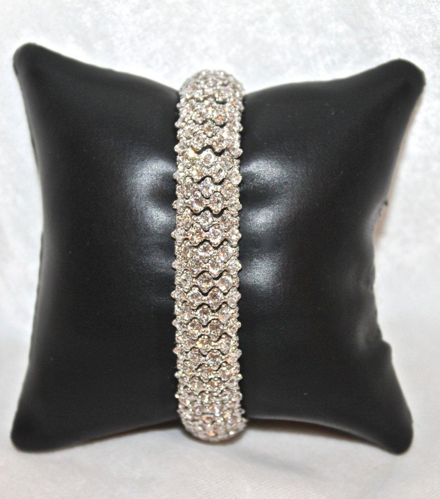 Replica Faux Diamond 18k Gold Clad Bracelet Helen Ainson