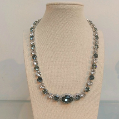 Necklace,Sswarovski Crystal
