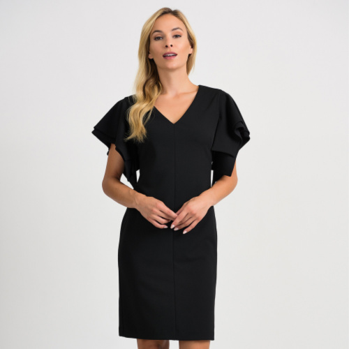 V-neck dress with sleeve