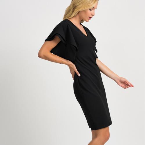 V-neck dress with sleeve