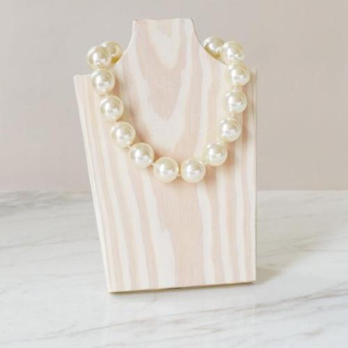 "Ivory White 16"" Necklace"