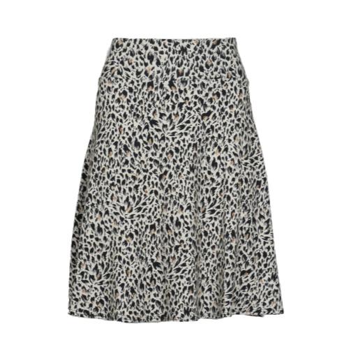 flippy skirt print.jpg 1591