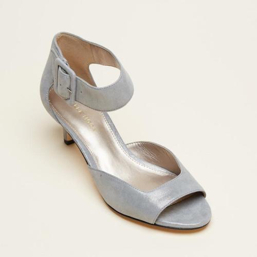 Pella Moda Berlin shoe at Helen ainson in Darien CT